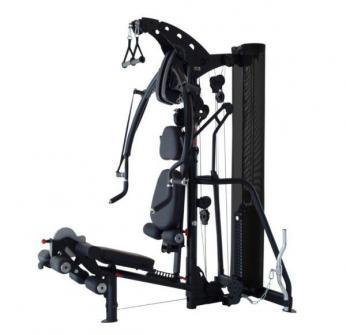 montar gimnasio en casa con máquinas multigym