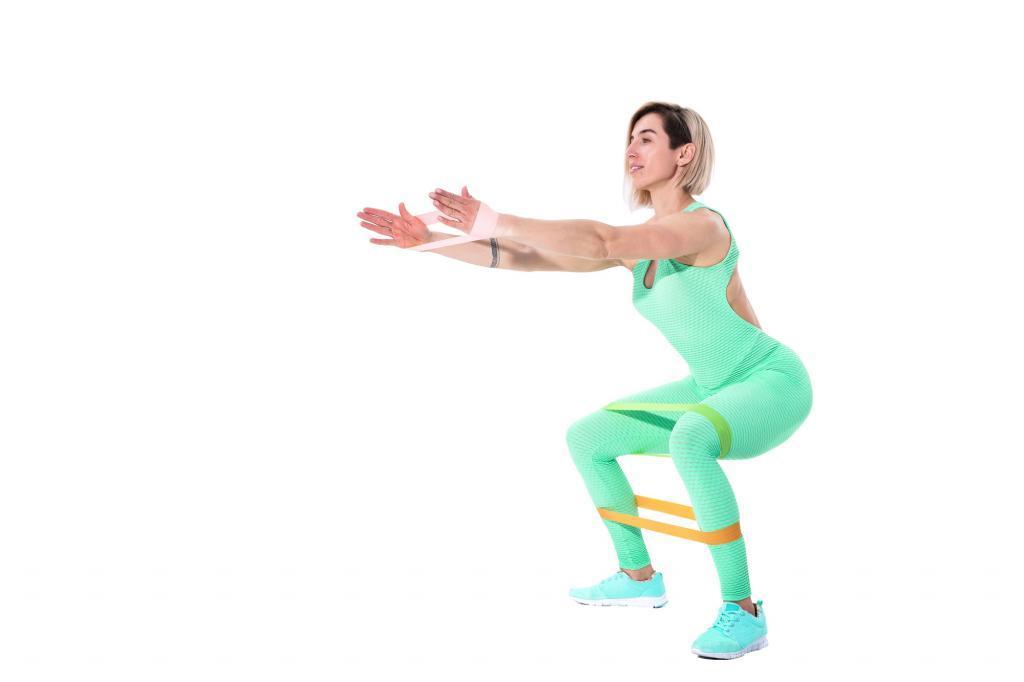 Ejercicios para entrenar todo el cuerpo con bandas elásticas