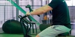 4 ejercicios para practicar con bicicleta indoor